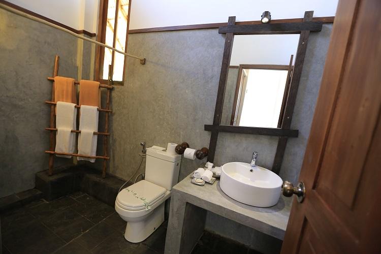 Tropical travels sri lanka hills and valleys for Bathroom designs in sri lanka